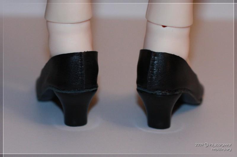 Модельные туфли на каблуке для куклы с мк http://www.liveinternet.ru/users/tenderrainy/post166640471.