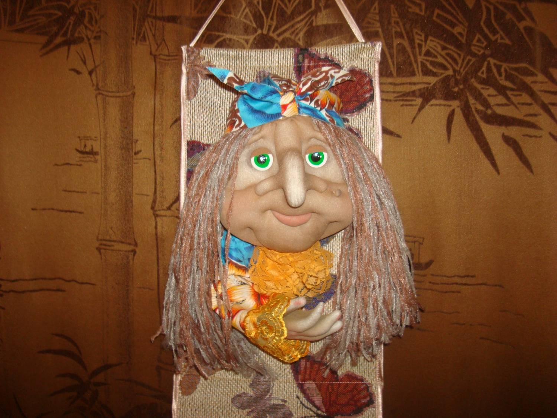 Как из туалетной бумаги сделать куклу 178